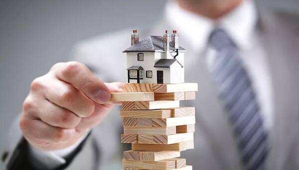 税收筹划对于房地产企业至关重要的示图